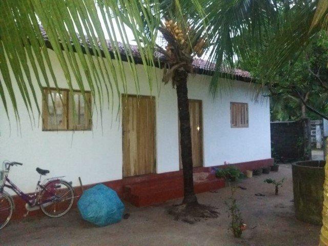 einfaches, aber festes Haus