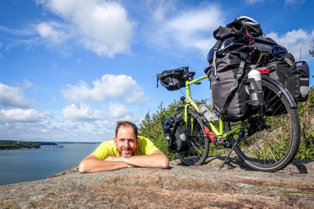 Bernd Schadowski, Autor des Blogs Radreiseglück. Hier in Finnland.