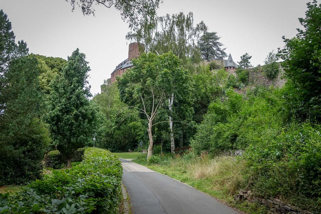 Rurstausee Radtour Burg Hengebach in Heimbach